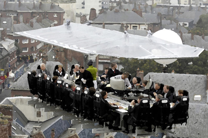 Dinner In Mid-Air And Other Crazy Dining Experiences
